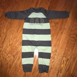 Baby Gap one piece outfit size 18-24 months